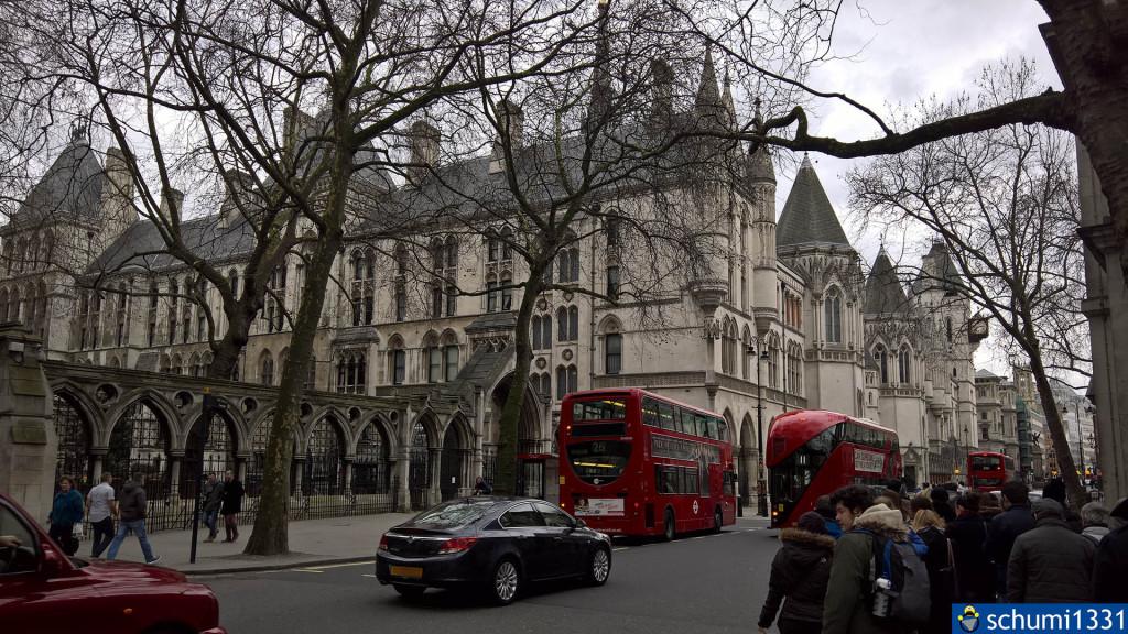 Royal Courts of Justice - hatte wider Erwarten nichts mit Harry Potter zu tun