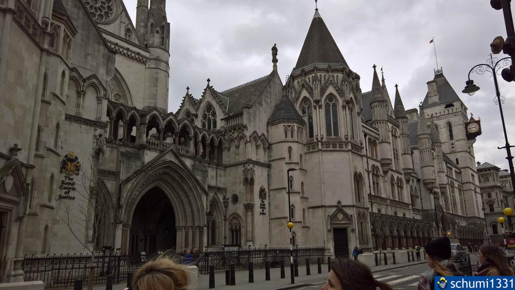 Royal Courts of Justice zum Zweiten