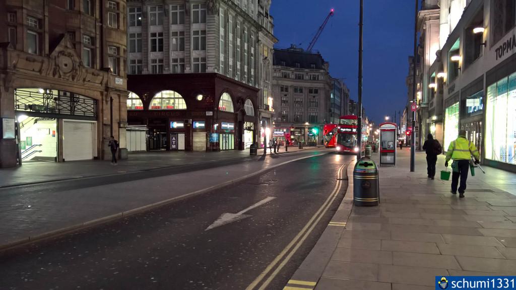 Oxford Street um 5:49 morgens