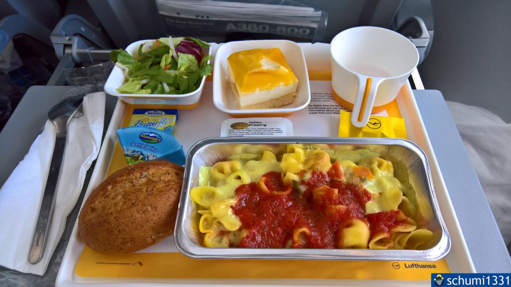 Das obligatorische Essensfoto ;) (wofür die Schale oben rechts war, weiß ich immer noch nicht)