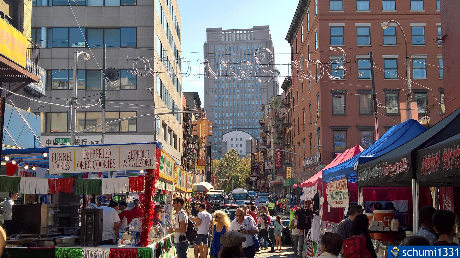 Aus Little Italy: Auf der anderen Straßenseite ist Chinatown