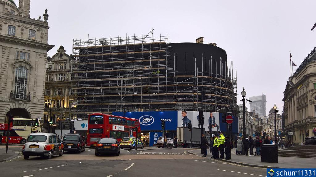 Die Werbetafeln am Piccadilly Circus, wie man sie nur selten sieht - ausgeschaltet