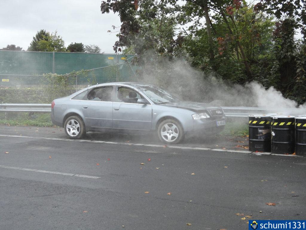 Die Überreste des Audi nach der Stuntshow
